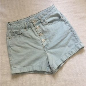 BDG high waisted button up jean shorts Size 26